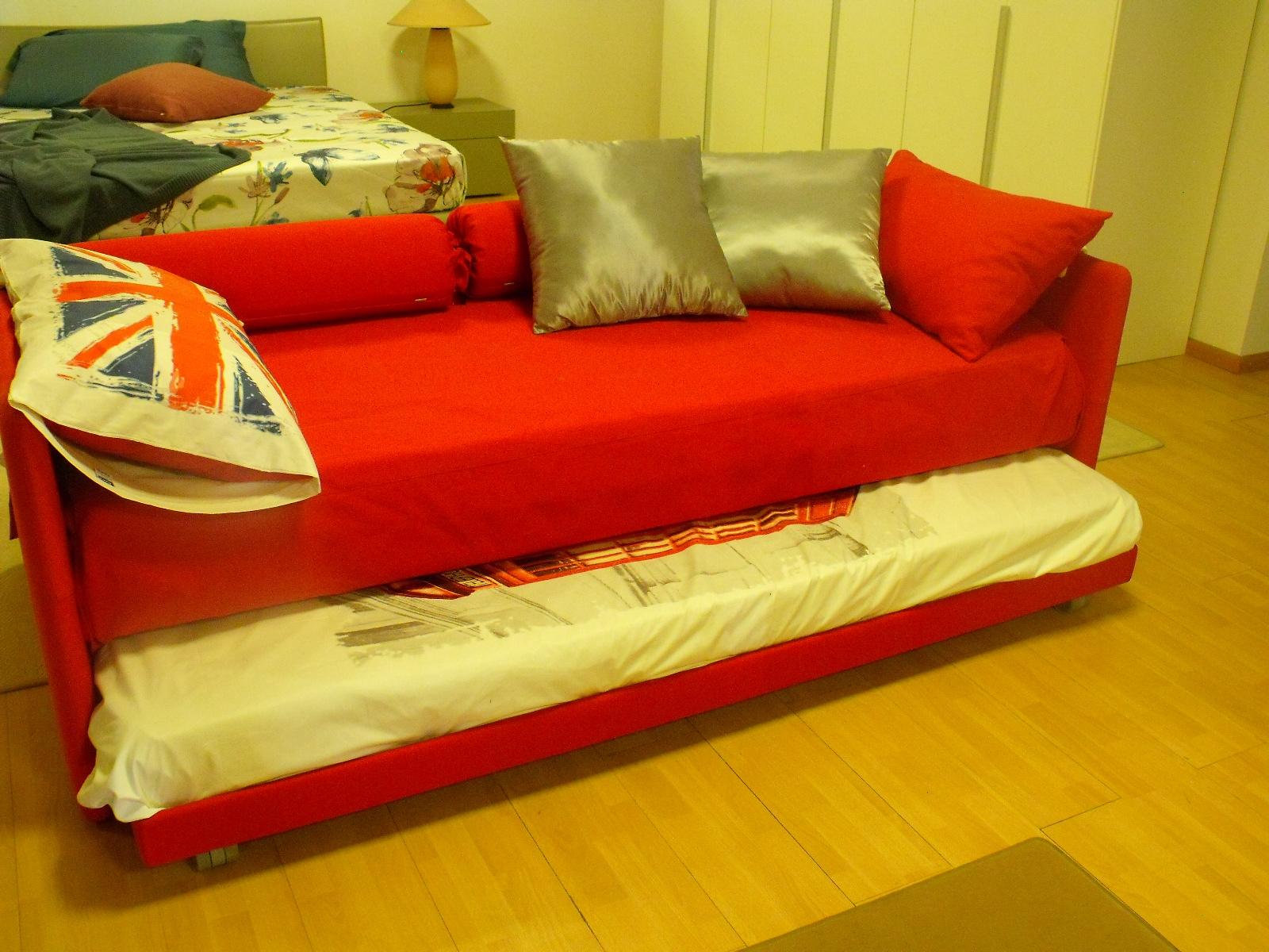 Letto flou duetto scontato del 32 letti a prezzi scontati for Cerco divano letto usato a milano