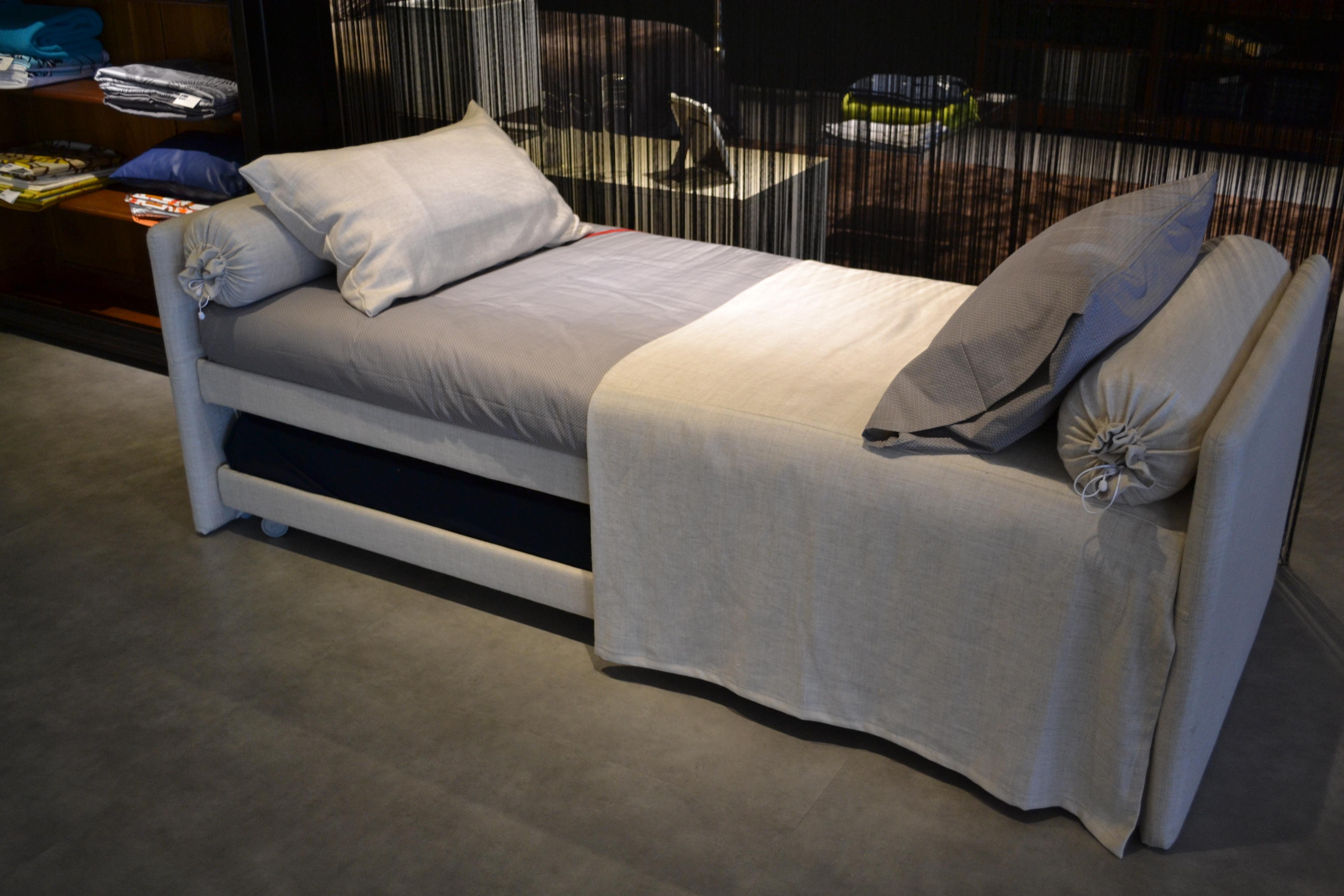 Arredamento moderno soggiorni camere da letto e armadi - Letto flou nathalie prezzi ...