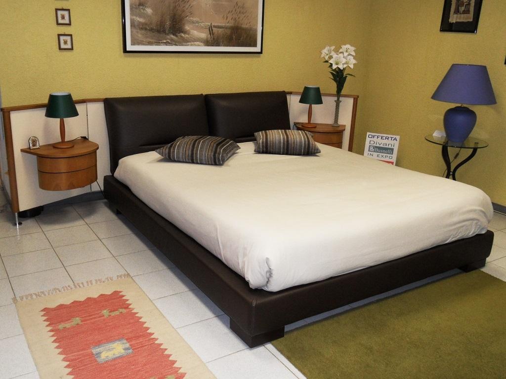 Camera da letto stile mare - Testata letto imbottita ikea ...