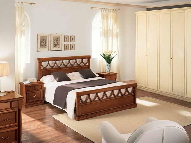 Letto in legno modello Rosatea