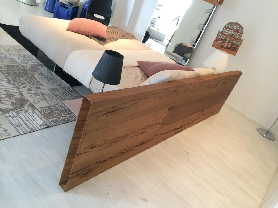 Letto lago lago air wildwood bed scontato del 40 for Tavolo lago prezzo