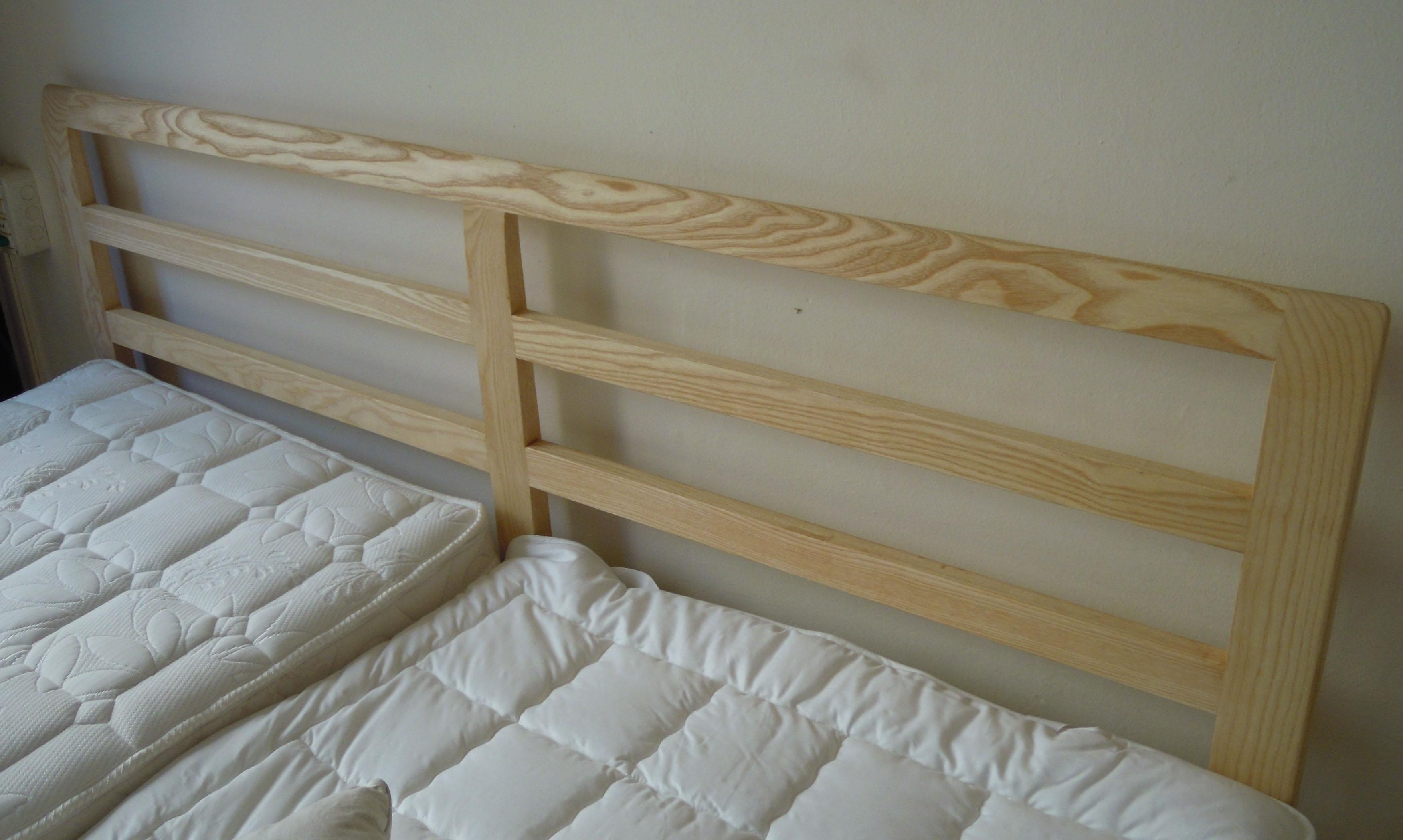 Letto in legno di design la scelta giusta variata sul for Design di mobili in legno letto