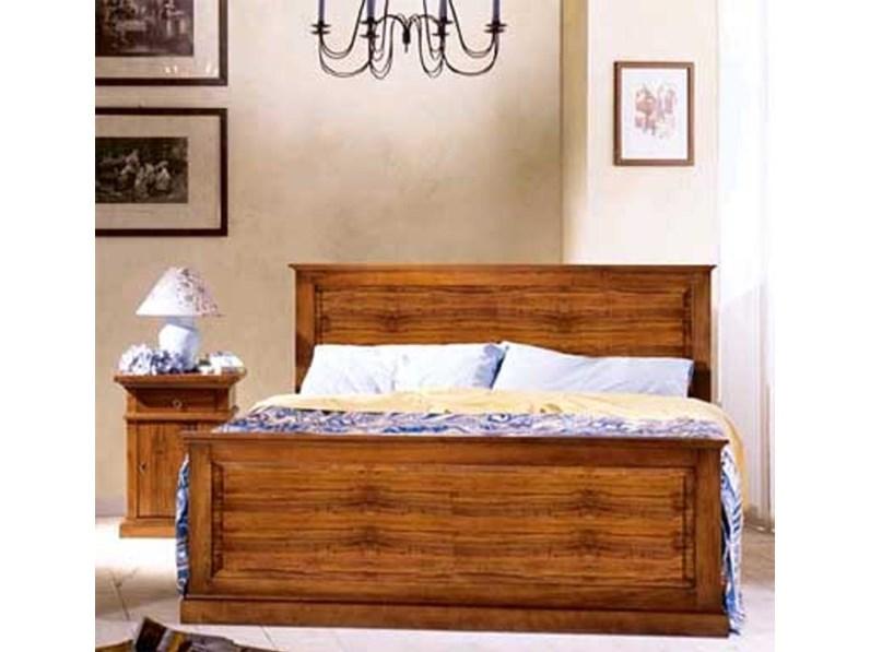 Letto matrimoniale modello Asolo in legno massello stile classico