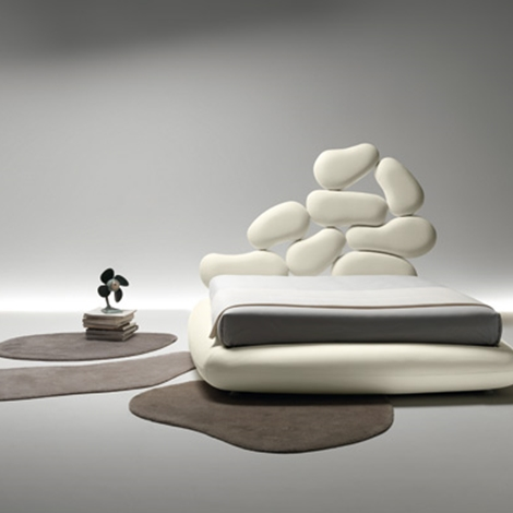 Letto matrimoniale modello stones design imbottiti con for Letti contenitore moderni