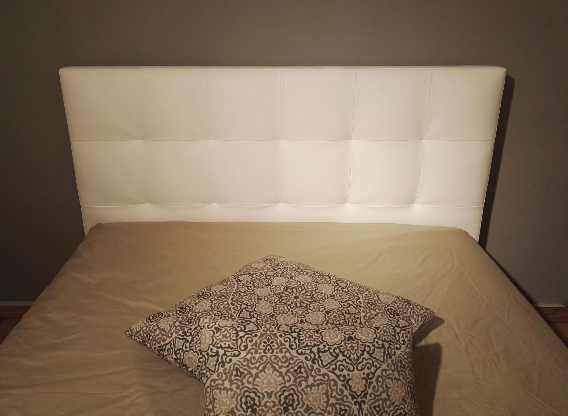 Letto matrimoniale twils max capitonne basso in ecopelle bianca con contenitore letti a prezzi - Testate letto una piazza e mezzo ...