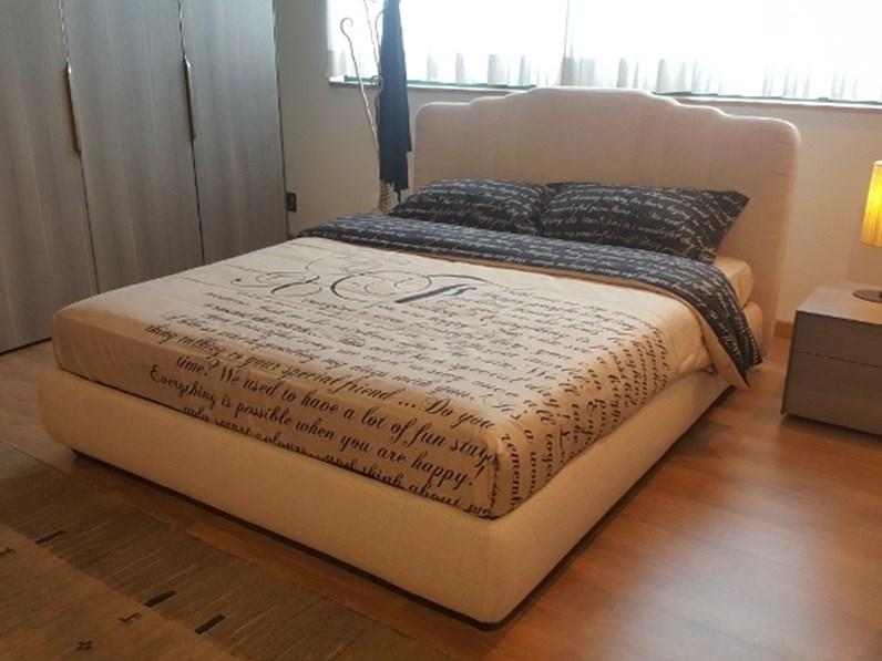 Letto moderno con contenitore opera 39 flou a prezzo scontato - Prezzo letto contenitore ...