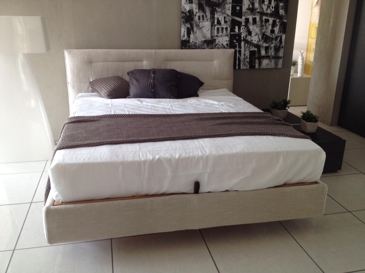 Molle letto contenitore design casa creativa e mobili - Letto completo di rete e materasso ...
