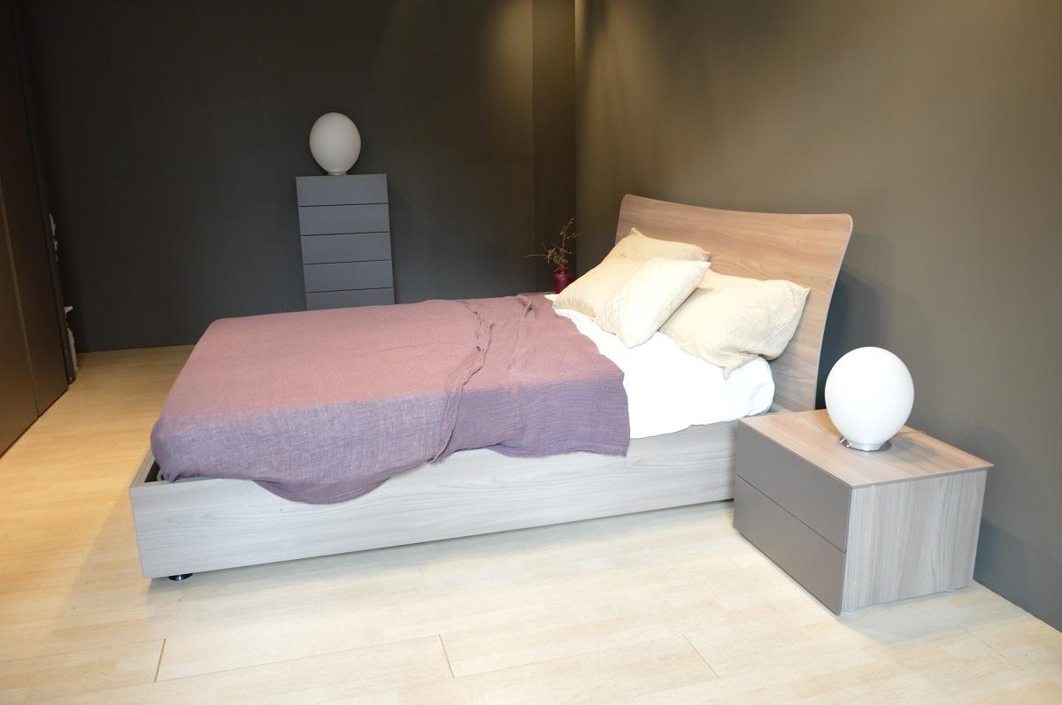 Letto moderno in legno camere da letto moderne in legno for Letti singoli moderni