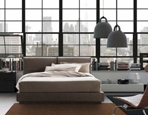Letto Pianca modello Vintage. Vintage è un letto tatami con giroletto imbottito. Letto Matrimoniale con rete inclusa e piedi in cromo nero.