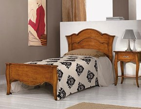 Letto piazza e mezzo con gambe Letto da una piazza e mezza in legno mottes mobili Artigianale a prezzo scontato