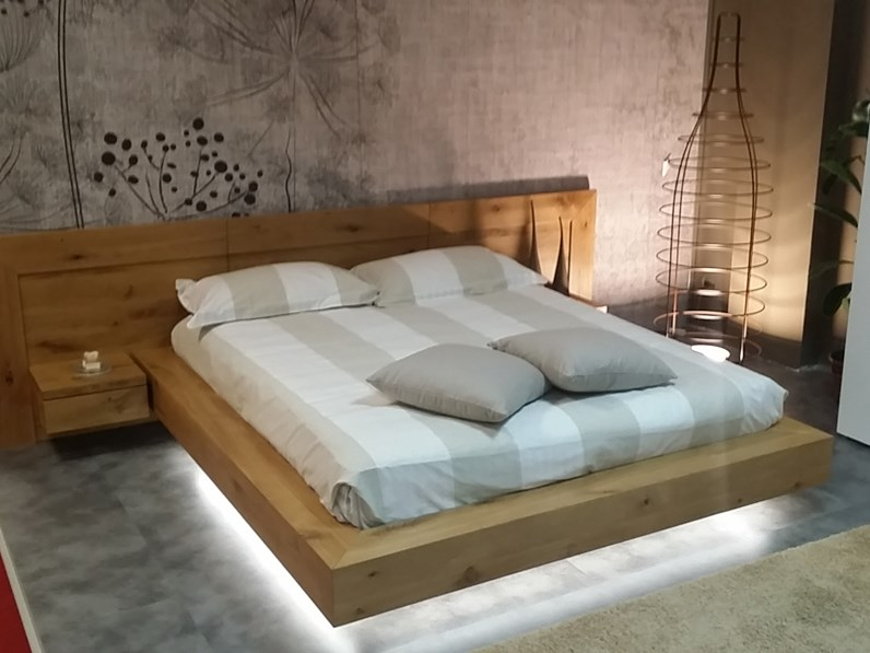 https://www.outletarredamento.it/img/letti/offerta-letto-in-legno-massello_N1_201284.jpg