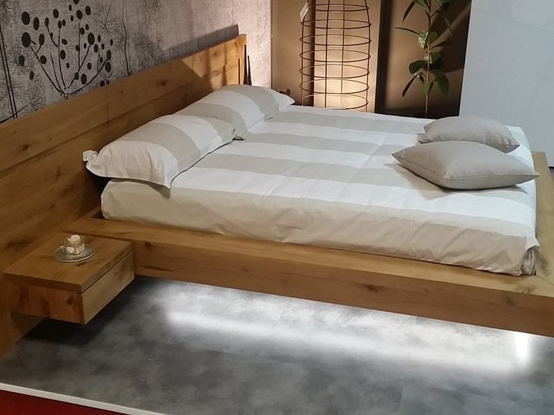 https://www.outletarredamento.it/img/letti/offerta-letto-in-legno-massello_N2_201287.jpg