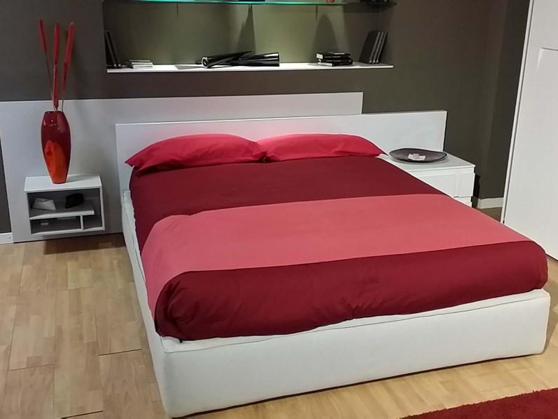 Outlet letto mobil spa axell gold letti a prezzi scontati for Outlet letti design