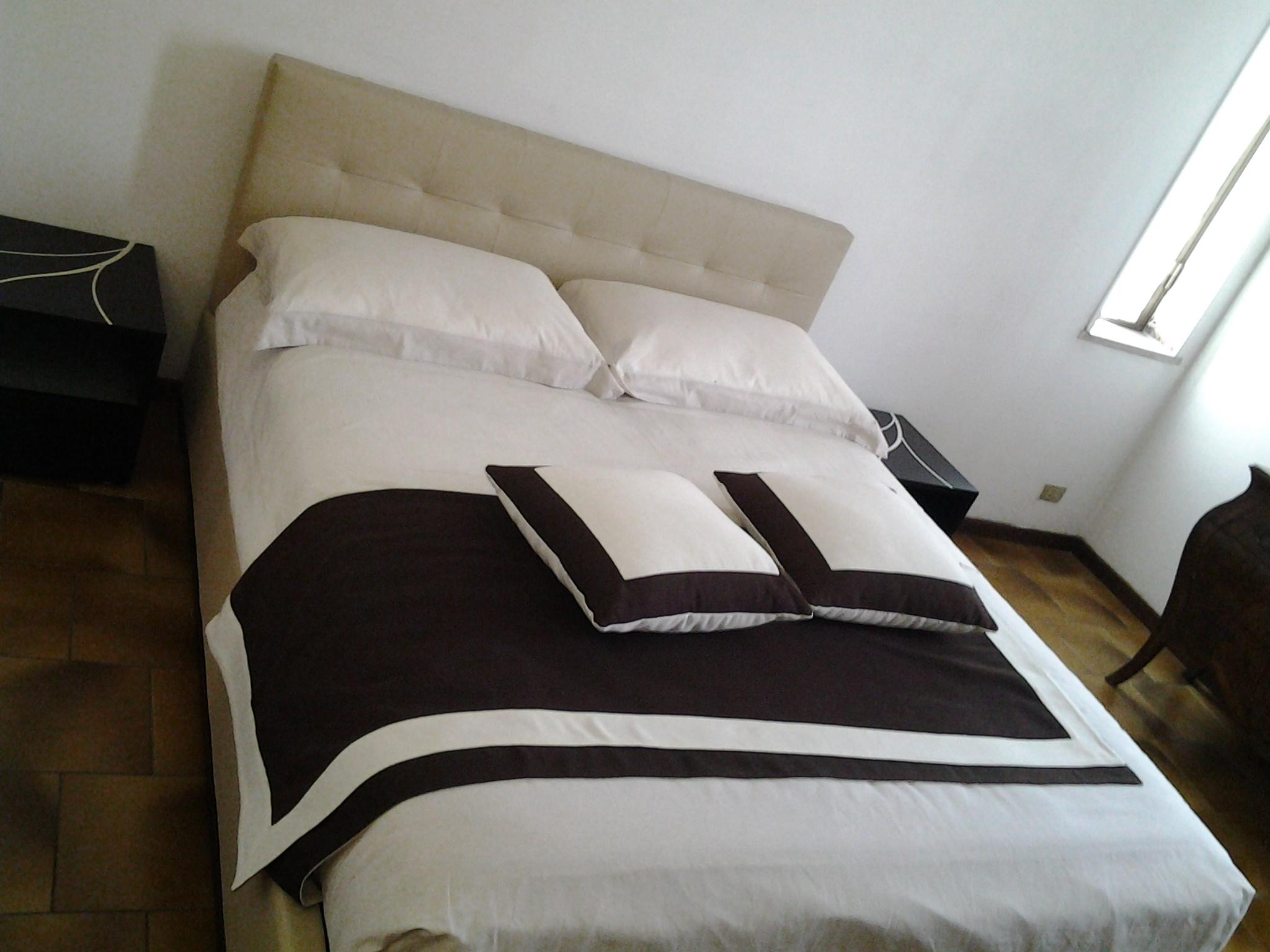 Presotto italia letto letto dado matrimoniale moderno for Presotto mobili prezzi