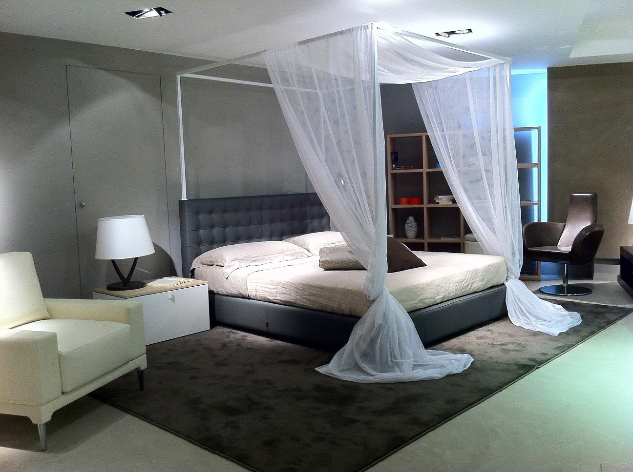 Letto Matrimoniale A Baldacchino - Idee Per La Casa - Douglasfalls.com