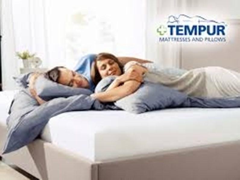 materasso tempur cloud 19 sottocosto solo 15 dsponibili. Black Bedroom Furniture Sets. Home Design Ideas