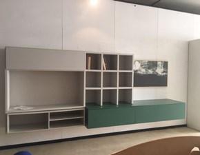 Parete attrezzata in stile design Living system di Novamobili in Offerta Outlet