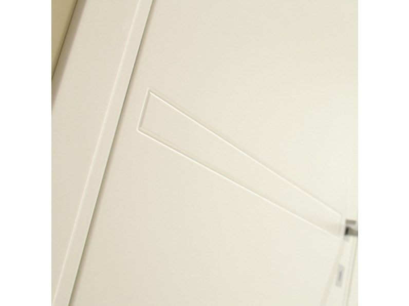 Porta liscia moderna artigianale a prezzo ribassato 31 for Casa moderna 9002