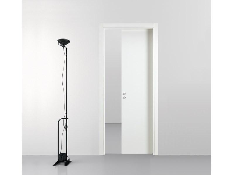 Porta porta scorrevole a scomparsa bunpat bianca bienne for Outlet porte romanina