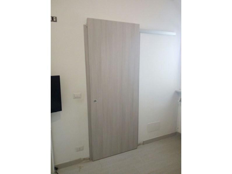 Porta scorrevole filo muro mu misura e personalizzabile