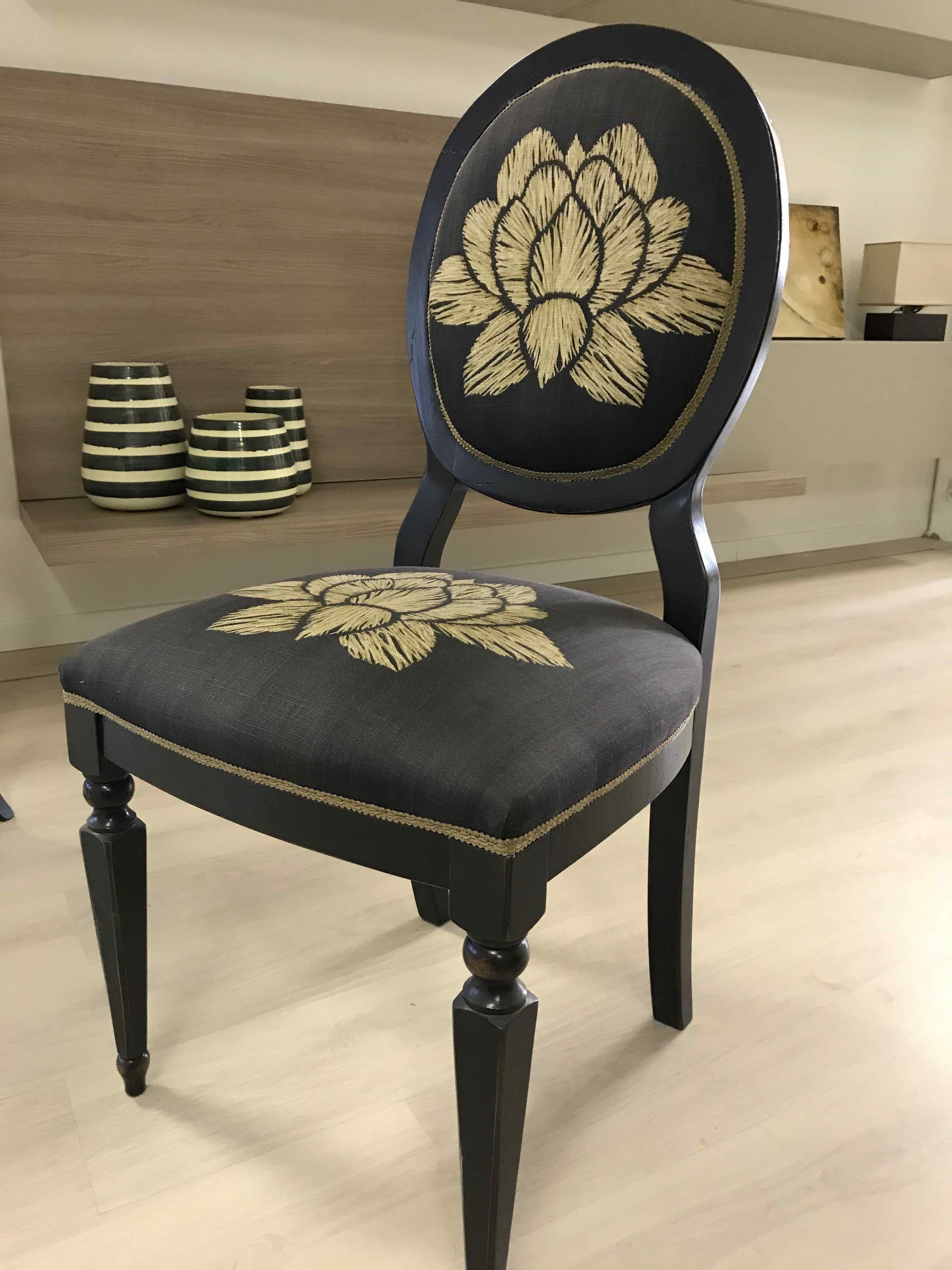Sedia ovalina legno classico senza braccioli sedie a for Mazzola arredamenti