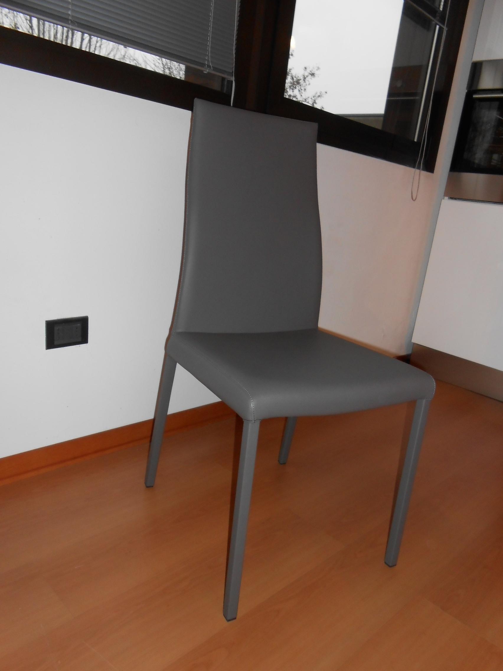 4 sedie in ecopelle sedie a prezzi scontati for Sedie in ecopelle