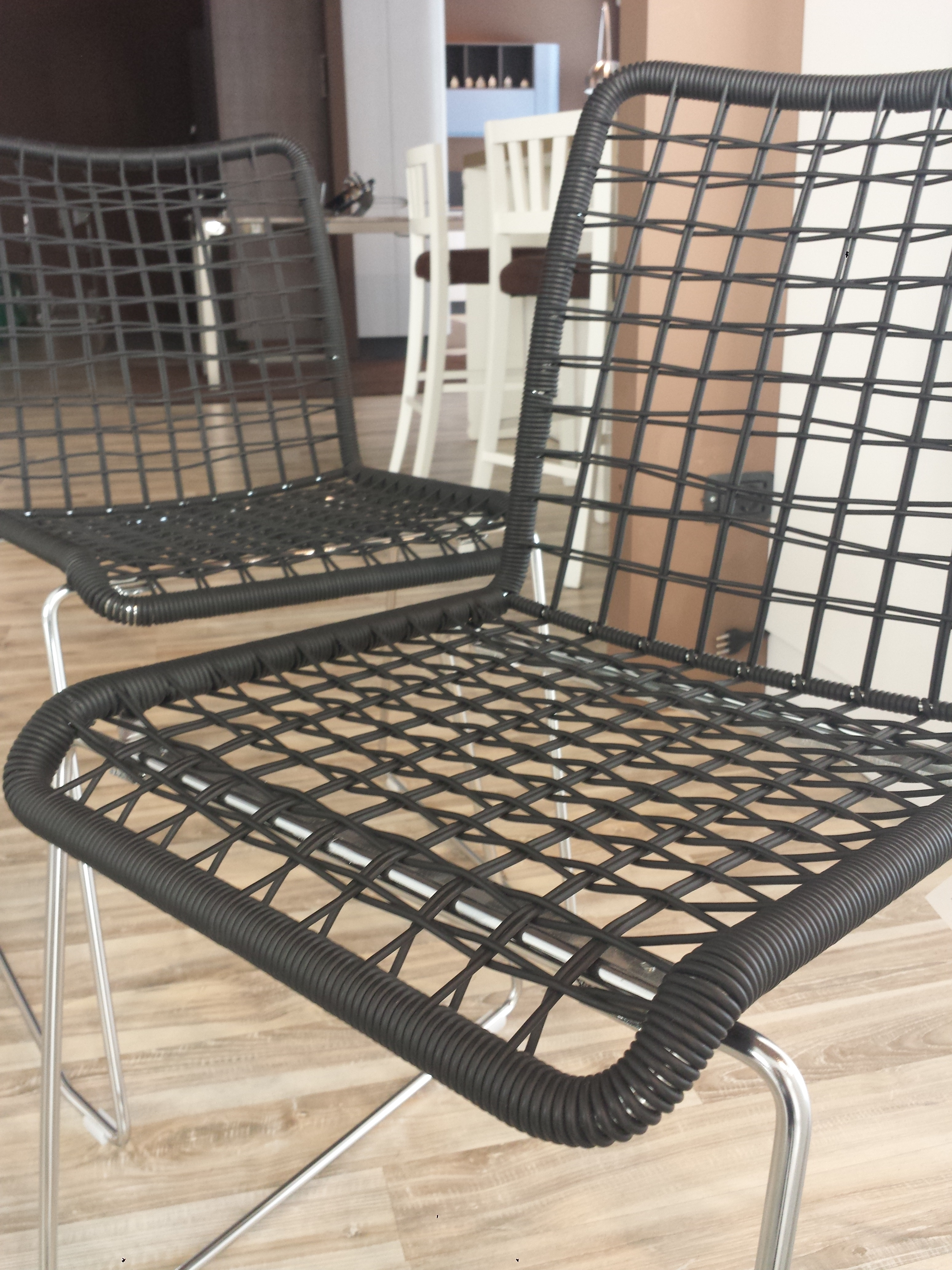 4 sedie moderne light 18690 sedie a prezzi scontati for Sedie moderne prezzi