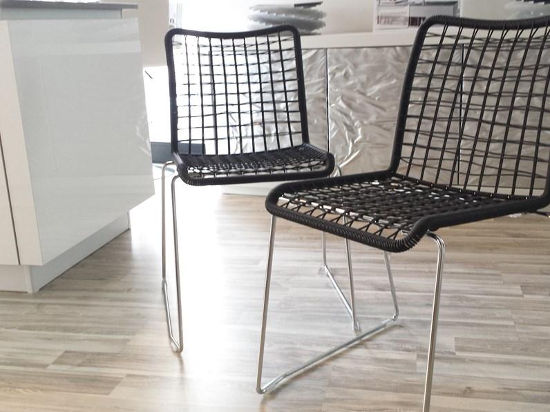 4 sedie moderne light scontatissime for Sedie contemporanee