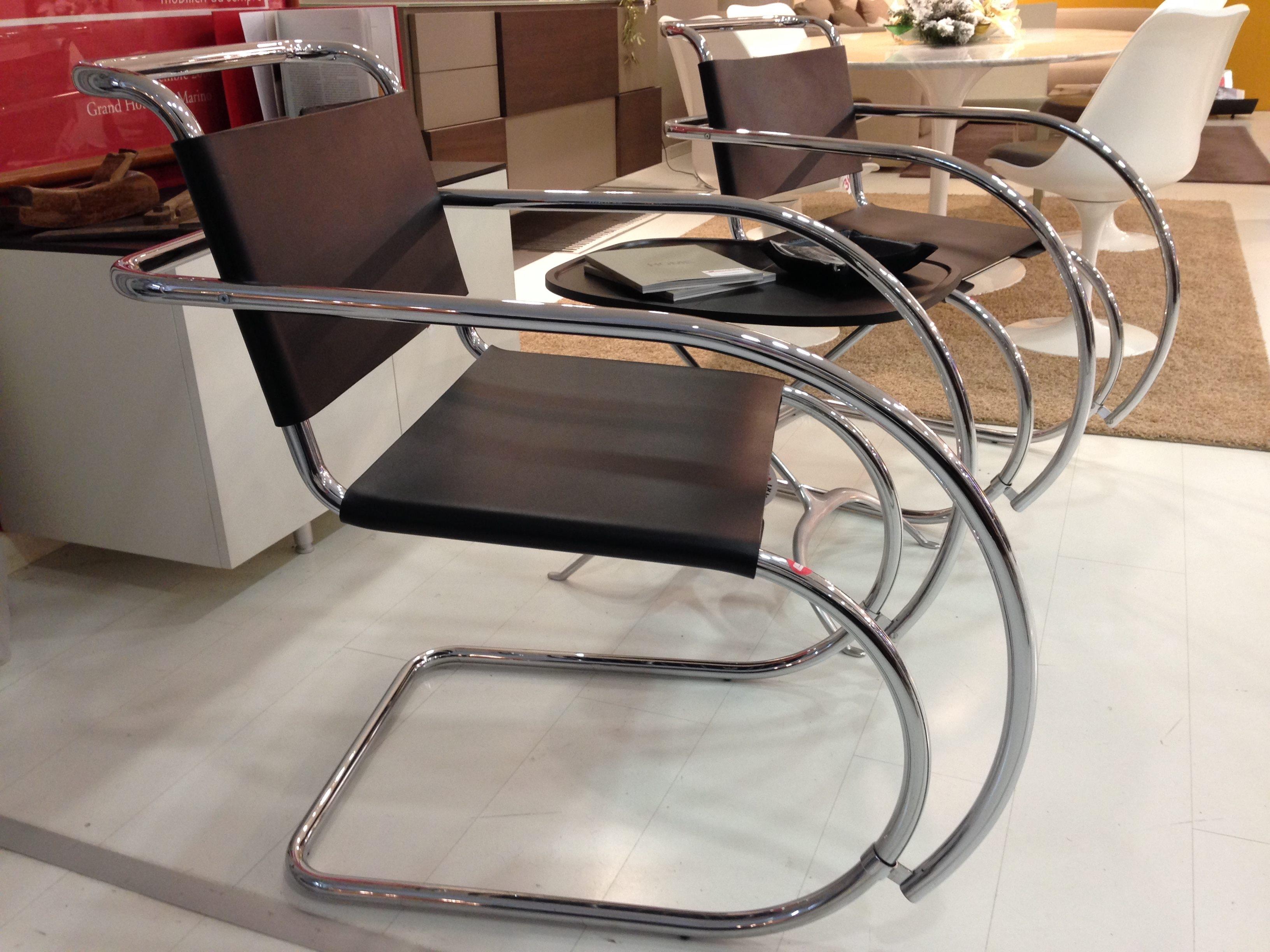 Sedia poltroncina alivar mies van der rohe cromata acciaio for Sedie design outlet