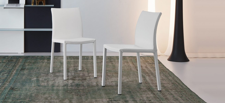 Bonaldo 4 sedie mirta in pelle moderna senza braccioli for Sedie in pelle prezzi