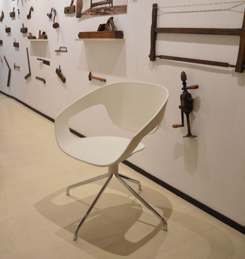 Casamania by frezza sedia vad design sedie a prezzi scontati for Frezza casamania