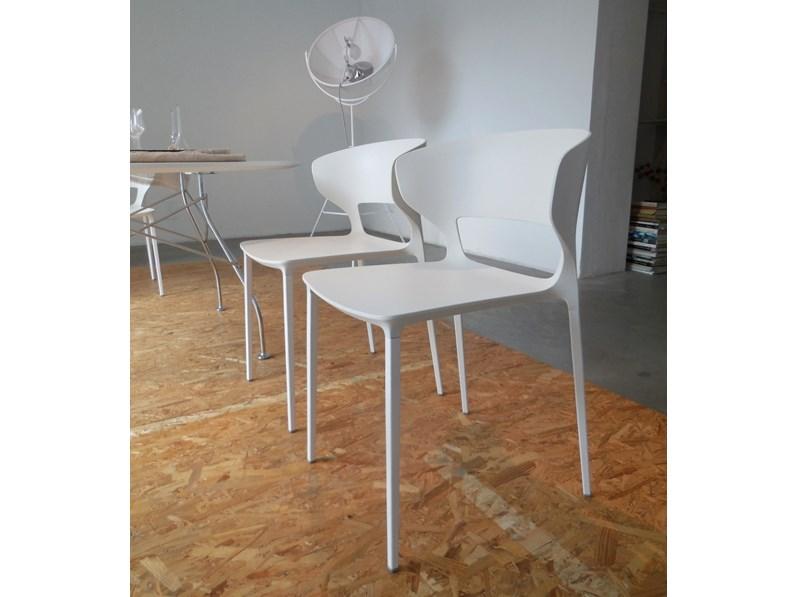 Sedia desalto set 4 sedie con braccioli koki 707 design for Sedie design con braccioli