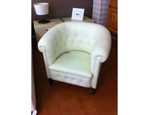 Poltroncina sedia pelle capitonnè color panna scontata