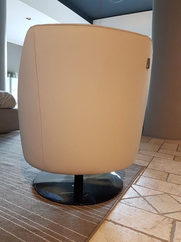 Poltrona modello bella scontata del 50 sedie a for Sedie a poltrona