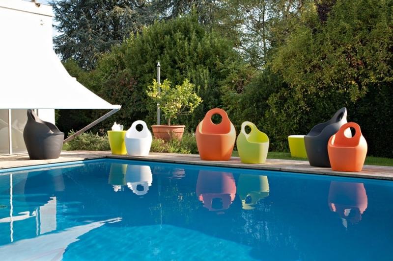 Poltrone da giardino idea creativa della casa e dell for Layout della casa del fienile