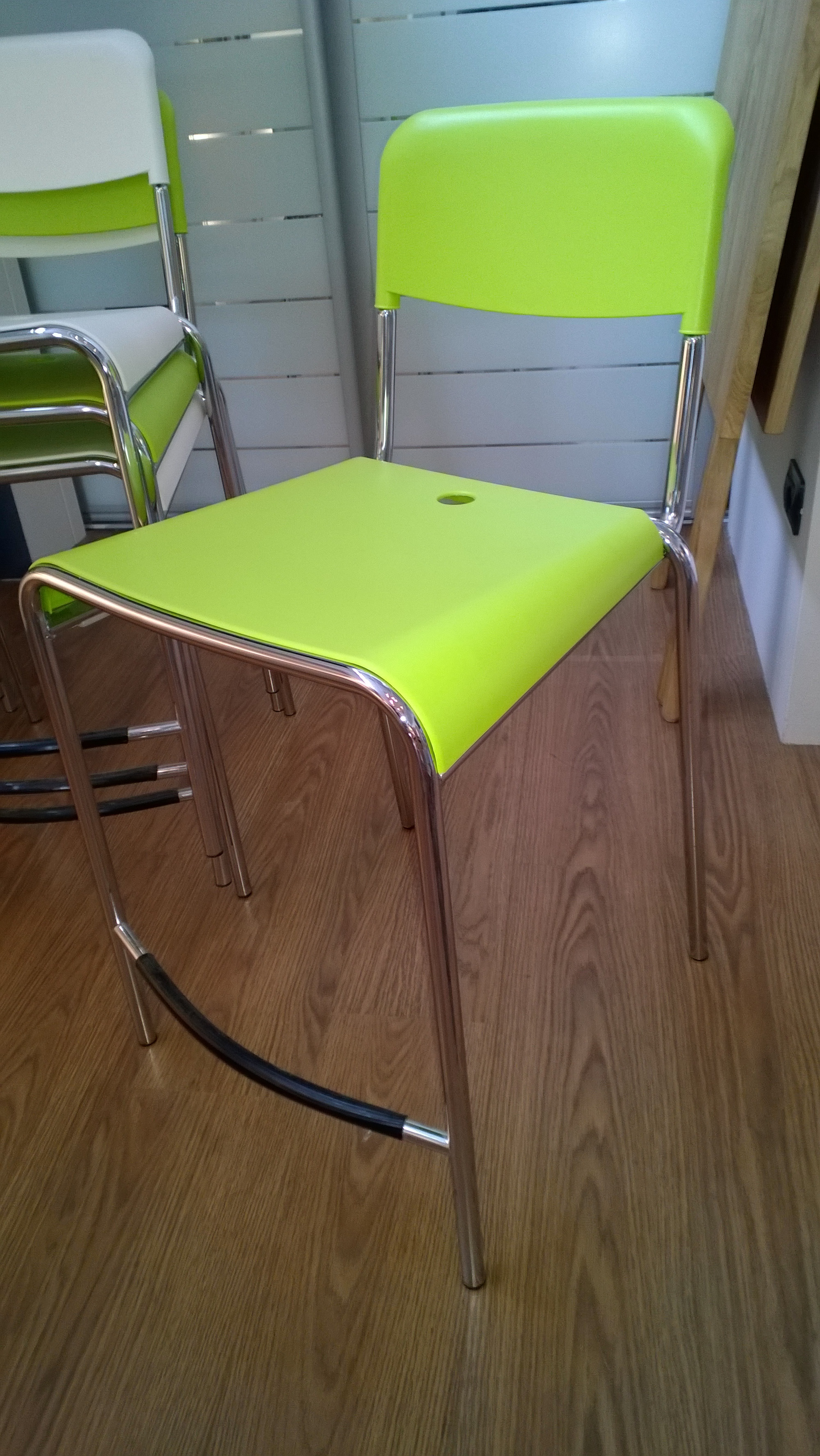 Sgabello calligaris promozione sedie a prezzi scontati for Calligaris sedie prezzi