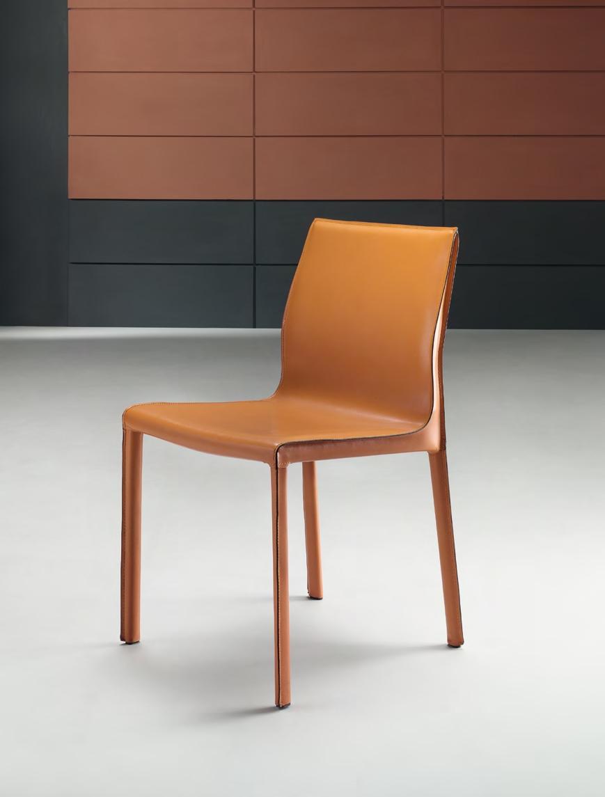 Super offerta sedia con rivestimento in cuoio rigenerato for Sedie cuoio rigenerato