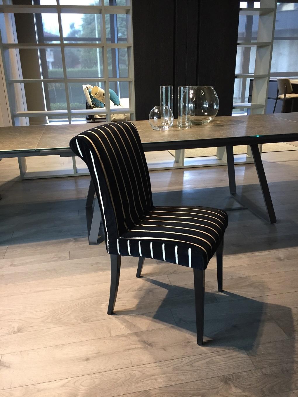 Quattro sedie classiche di longoni scontate del 50 for Sedie classiche