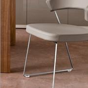 Sedia eames design in acciaio cromato lucido e cuscinetto for Sedie calligaris pelle