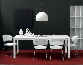 Sedia Connubia modello Atlantis. Sedia con struttura in metallo e sedile ekos disponibile in tanti colori.