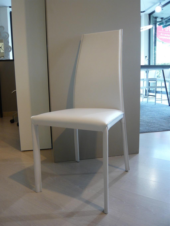 Sedia cuoio rigenerato 23182 sedie a prezzi scontati for Sedia design usata