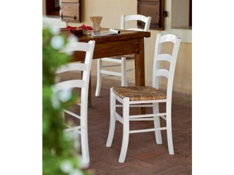 Sedia da cucina in legno paesana scontata for Sedie in legno da cucina