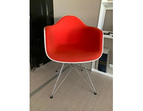 Sedia Dar poltroncina Vitra in OFFERTA OUTLET