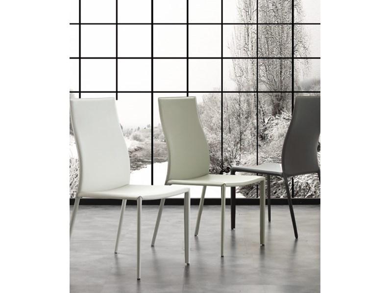 Sedia in ecocuoio high quality in promozione 31 di sconto for Arredamenti villa outlet