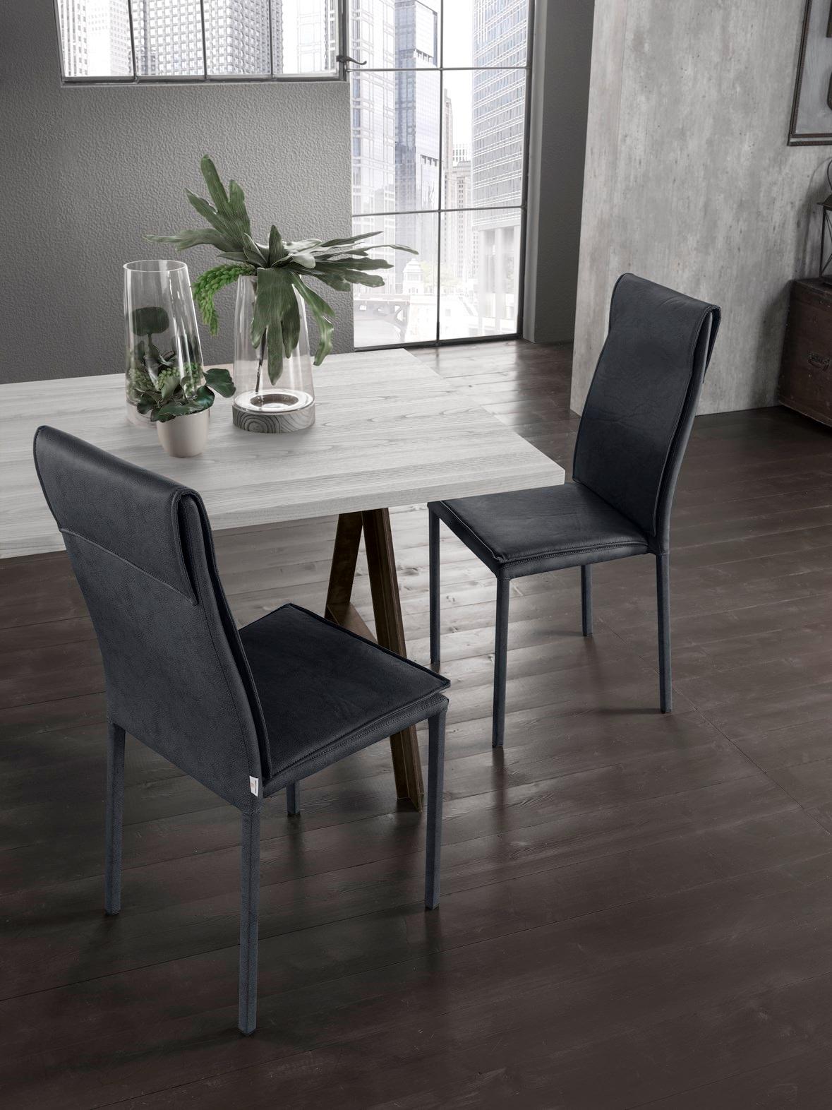 Sedia in ecopelle scontata del 33 sedie a prezzi scontati for Sedie in ecopelle