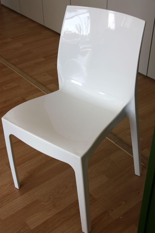 Sedia in propilene della sedie a prezzi scontati for Sedia plastica bianca