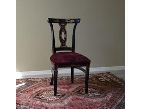 Sedia in stile per sala da pranzo di Produzione Artigianale. La sedia è rifinita in laccatura nera e decorazioni in stile orientale. Il rivestimento della seduta é realizzato in velluto.  Scontata del -60%. Offerta Outlet Mobilgross
