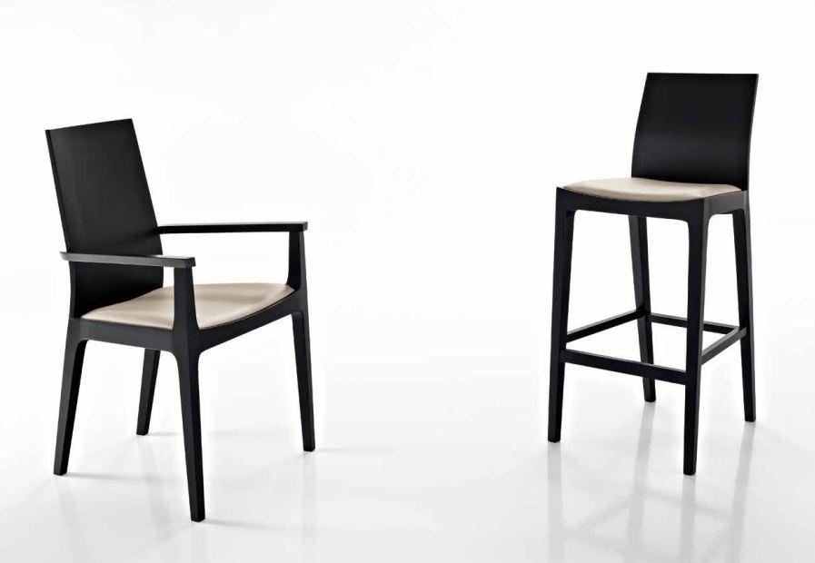 Sedie Soggiorno Mondo Convenienza: Vendo tavolo con sedie mondo convenienza posot class.