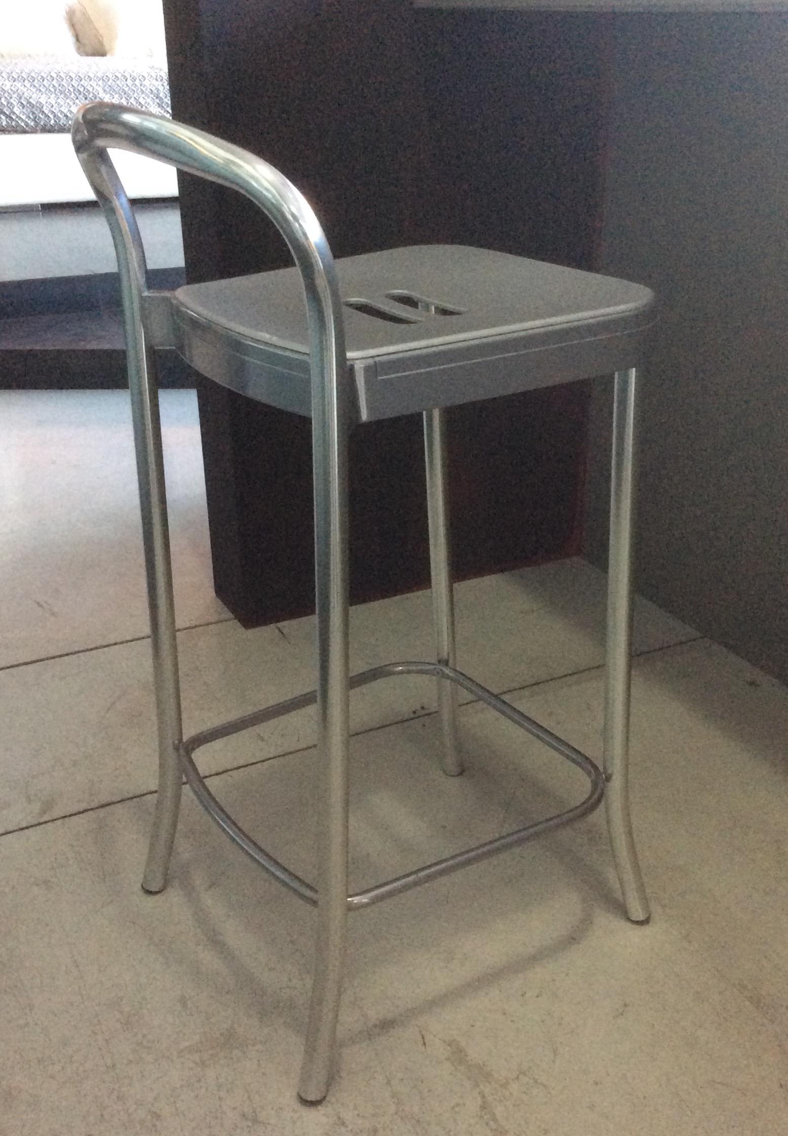 Kartell sedia sgabello mauna kea 4884 scontato del 40 for Sedie kartell prezzi