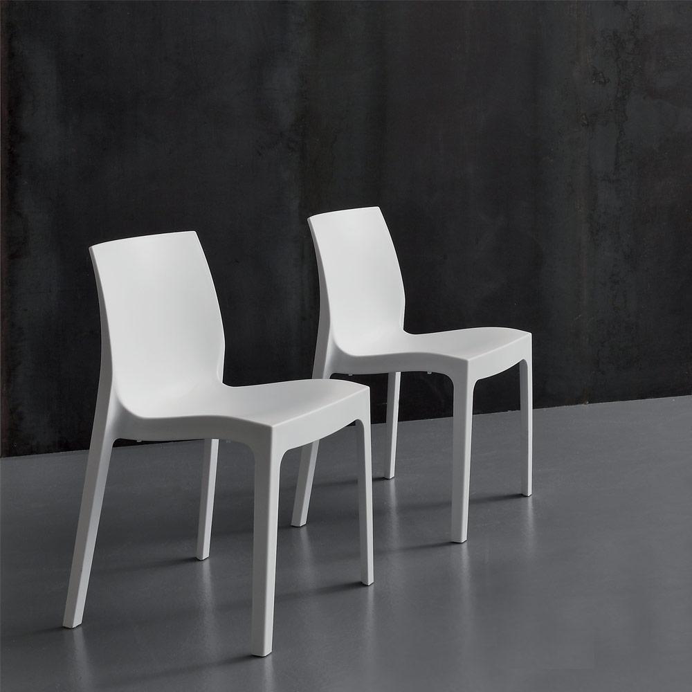 Sedia la seggiola falena velvet plastica design impilabile for Sedia design comoda